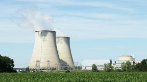 nuclear-396435_640_photo_luctheo